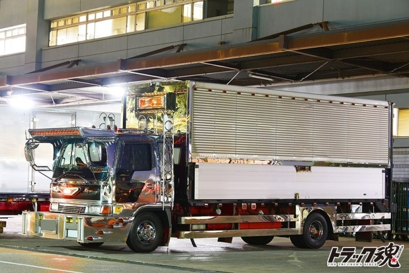 Photo of 【仕事車礼賛】燃えるデコトラ群馬懸,日野レンジャー